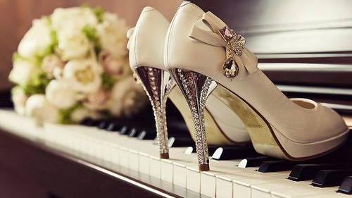 怎样才能买到适合自己的高跟鞋