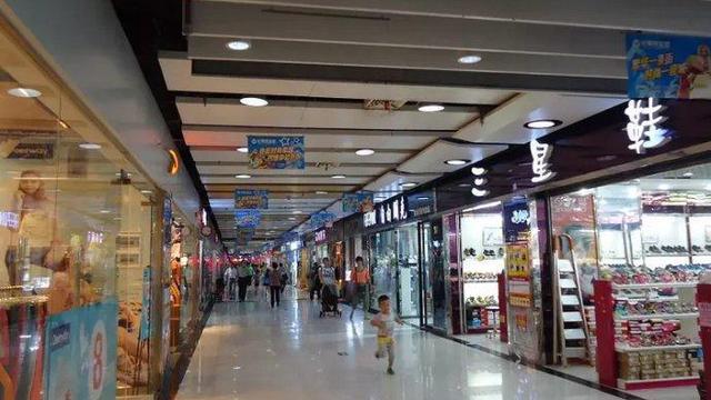 谁能说一下长沙黄兴路步行街附近还有什么好逛的地方不?