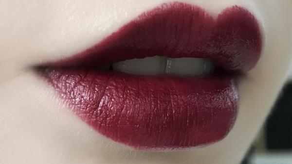 应该选择什么颜色的口红?