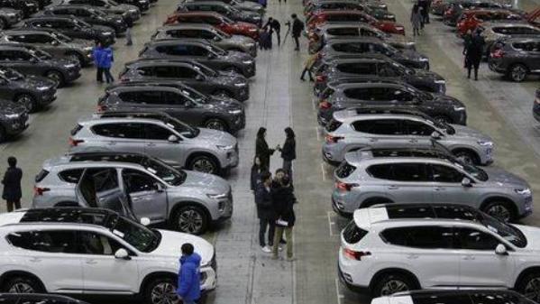 汽车4S店与汽车生产厂家之间是什么关系?