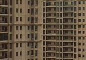 聊城朋友圈疯传男子跳楼视频 事发地在哈尔滨某小区