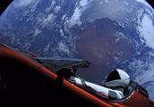 美科学家:太空中的马斯克特斯拉跑车可能会破坏火星生命