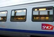 """法国铁路工人宣布""""虚线式""""罢工"""