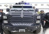 贵有道理:卖160万中国特警反恐车,可抵御百发AK47连射!
