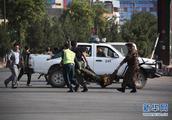 喀布尔机场发生自杀式爆炸致11人死亡