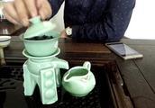 自动烧水茶具坏了怎么修