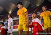 战报:中国女足VS尼日利亚女足!3-0!王霜替补出场送助攻!