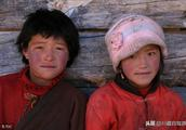 去西藏的驴友都说,自己被高原红坑惨了,回家一年都养不回来?