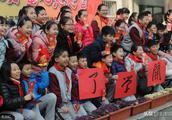 聪明孩子养成记,作业是晒太阳,难怪杭州外语实验小学被夸赞