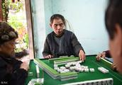 澳门一小哥打麻将从不输钱,记这2张不能打,否 则带多少都输光光