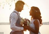 你以后结婚发什么朋友圈文案呢?赶紧挑一个为以后做准备!