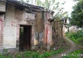玉林高山村古民居,徐霞客留宿地,断墙残壁,破败不堪,游人稀少