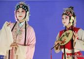 春节刚过迎元宵,佳节来碗浪漫满屋的南瓜汤圆,让你甜甜蜜蜜度过