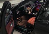 宝马5系提车感受,LED大灯照明效果还不错,碳黑色外观比较大气