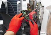 美的一拖二冷暖空调故障检修实例