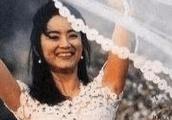 张曼玉穿婚纱,林青霞穿婚纱,邱淑贞穿婚纱,都输给了她穿婚纱!
