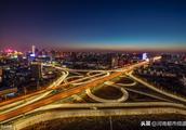 """郑州市评出""""红""""""""黑""""路段各10条,这些路长被表扬!"""