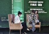 12月15日,约翰尼德普西部牛仔打扮,参加海南岛国际电影节