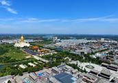 山东济宁北部一个县,和泰安接壤,拥有宝相寺景区