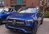 首批2019款奔驰GLE到店 蓝色实车极具质感 X5又遇劲敌