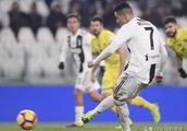意甲最新积分战报:C罗14球,尤文不败领跑,AC米兰挤进欧冠区