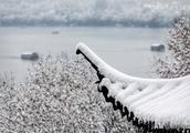 """不能再美!杭州西湖这场雪,成为雪景中国的第一""""网红"""""""