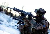 欧洲小国跟俄杠上了,军队突袭俄军基地,专家:或成为大战导火线