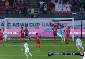 摆大巴!朝鲜用9人防守仍遭沙特打爆,超35分钟时间球过不了半场