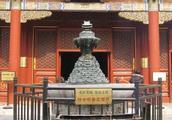 雍和宫本是雍正皇帝做四阿哥时的住宅,后来为何会被改为寺庙呢?