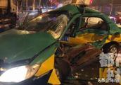 宾利车与西安出租车相撞 出租车驾驶员身亡宾利车驾驶员弃车逃逸