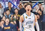 辽篮!常规赛MVP来了!王哲林即将对决郭艾伦!大侄子正名之战?