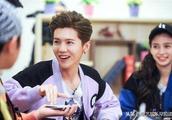 四大卫视跨年阵容公布,鹿晗北京浙江两边跑,兼顾女友和跑男!