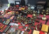济南英雄山文化市场古玩五花八门,真假难辨,懂行的可以去淘宝