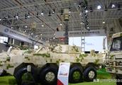 中国兵器打造世界最强最全8×8轮式战车族 堪称战场变形金刚