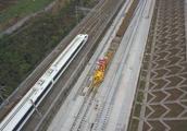 云南省编制高铁旅游发展规划蓝图是?