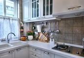 夏天厨房太热怎么办?除了安装空调,这个办法才是最棒的