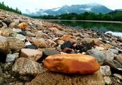 大别山灌河,山灵水秀润奇石