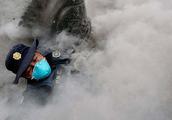 灾难来得太突然 富埃戈火山猛烈喷发 警车逃离时被火山灰瞬间吞没
