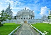 因为对佛祖的忠诚,泰国一个艺术家自掏腰包好几亿修建了白庙
