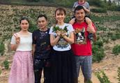 范文芳夫妇DNA寻亲,确认后带儿子返乡,网友:我又相信爱情了