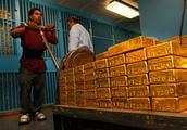 世界上最大的金库,存有全球25%的黄金,能填满半个足球场!