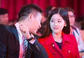 刘强东案再曝惊人细节,这下奶茶妹妹真的坐不住了