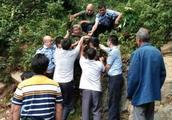 兴国县均村乡七旬老人深山失联 被民警找到