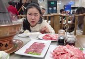 上次吃东来顺火锅,北京网友都说不正宗,这回去吃了推荐的聚宝源