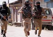 矛盾不断升级!巴基斯坦抛出强硬对抗信号后,印军在印巴边境开火