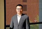 邓锋、吴亚军投资这所学校以图书馆为中心个性化教学全年开300天