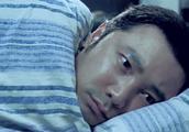 人在囧途:徐峥正要睡觉,突然听见有女人的声音,我走错房间了!
