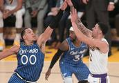 NBA常规赛魔术-湖人 湖人终止3连胜 主场负魔术