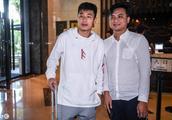 12月1日,中国男足抵达海口,备战2019年亚洲杯决赛阶段比赛