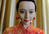 红唇明眸身穿旗袍,湖北一艺术馆推出范冰冰蜡像,网友:意义何在